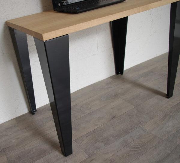 pieds de table de repas style industriel