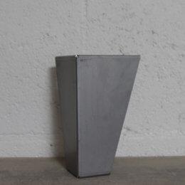 pied de meuble en metal