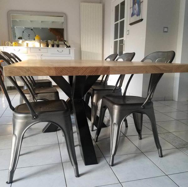 pied de table repas style industriel