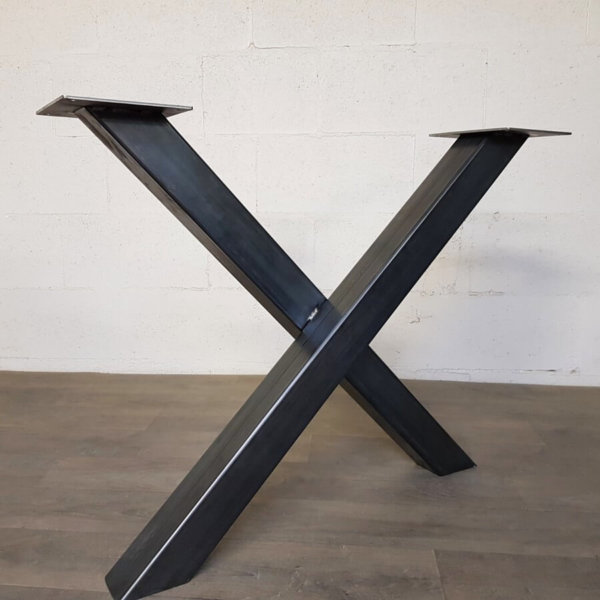 pied-de-table-x-style-industriel