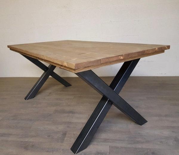 pied de table forme x