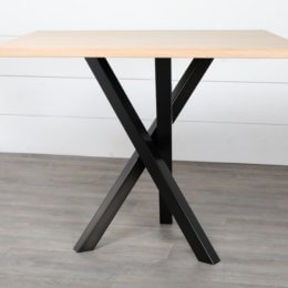 pied de table 3 pieds