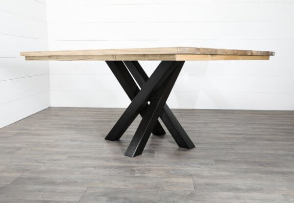 Pied central pour table carree