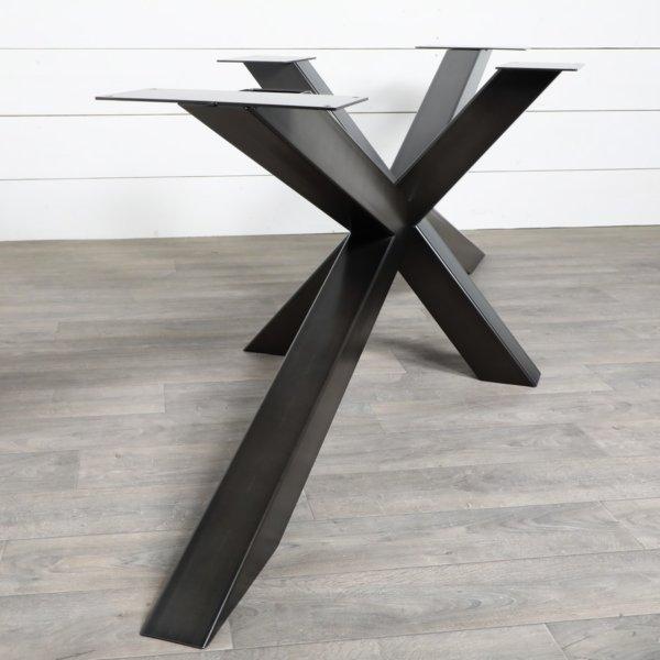 Grand-pied-de-table-de-repas-style-Mikado