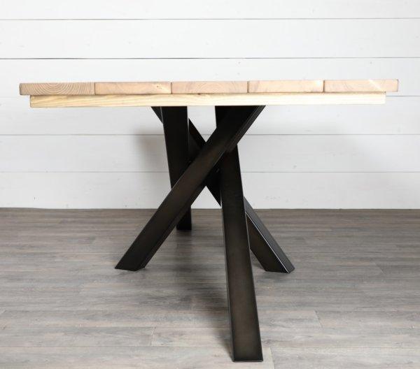 pied de table croise pyeta